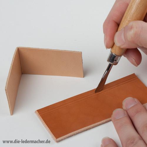 Modelliereisen mit Löffel und Reifeleisen