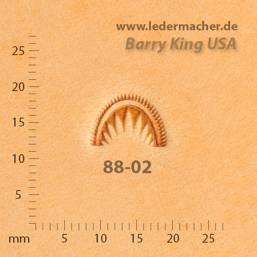 Barry King USA - Crescent Shell - Size 2